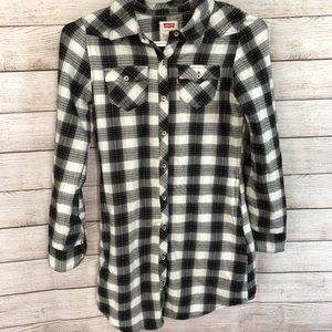 LEVI'S Buttoned Shirt Size M (10-12 Years)